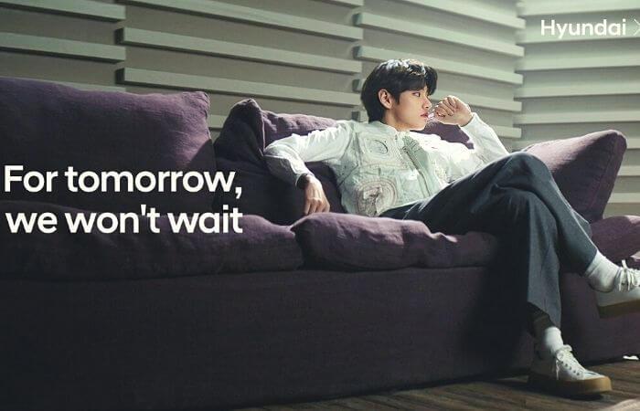 BTS V, a masterpiece just sitting down...
