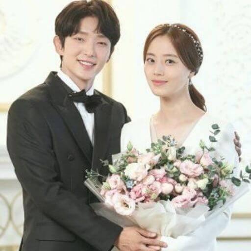 Lee Joon-gi wife
